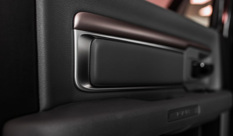 RAM 1500 Black Appearance full
